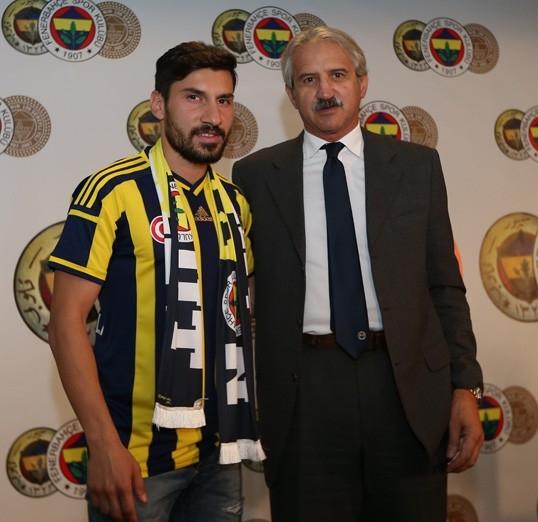 """Şener Özbayraklı: """"Uzun zamandır kendimi Fenerbahçe için hazırlıyor galerisi resim 3"""