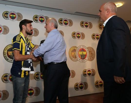 """Şener Özbayraklı: """"Uzun zamandır kendimi Fenerbahçe için hazırlıyor galerisi resim 5"""