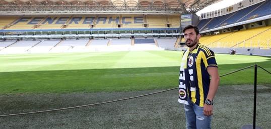"""Şener Özbayraklı: """"Uzun zamandır kendimi Fenerbahçe için hazırlıyor galerisi resim 9"""