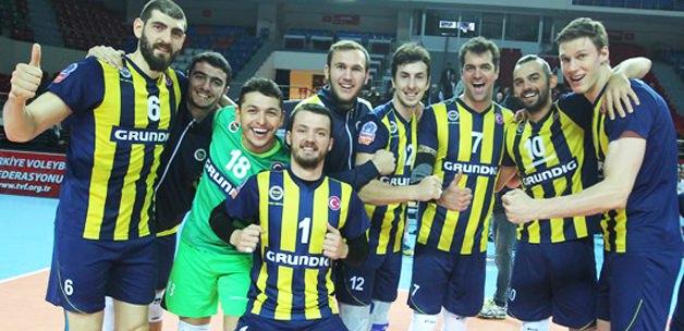 Fenerbahçe liderliğe yükseldi
