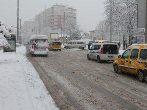 Aksaray ve Konya'ya kar geliyor