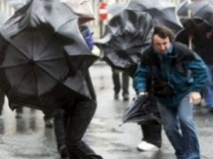 Aksaray ve Konya'ya kuvvetli rüzgar uyarısı