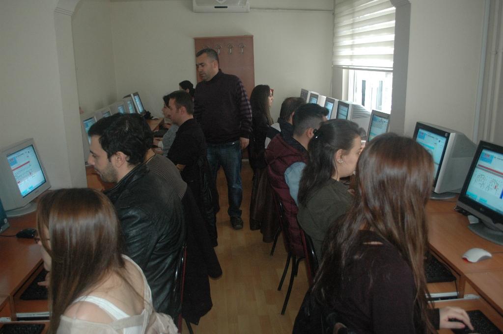 Konya'da Zabıt Kâtipliğine yoğun ilgi!