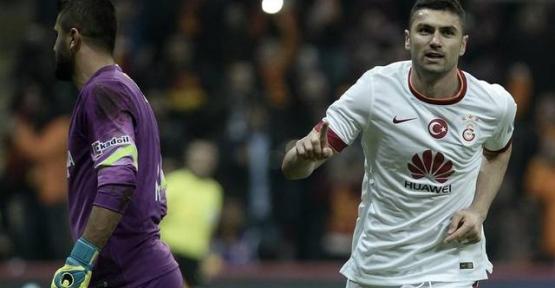 Mersin Galatasaray'a boyun eğdi