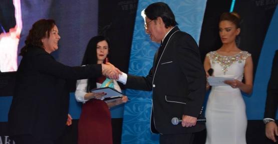Mevlana Hoşgörü Ve Barış Ödülleri Verildi