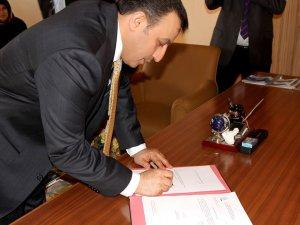 Refik Tuzcuoğlu istifa etti! Konya'dan Aday Adayı