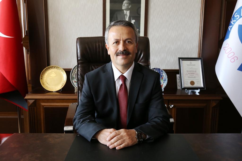 Rektör Prof Acar Akif'in İktisadi Kalkınma Düşüncelerini Anlattı