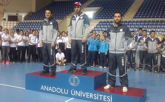 ASÜ BESYO'nun Şampiyona karnesi: 2 rekor, 5 kupa, 4 madalya