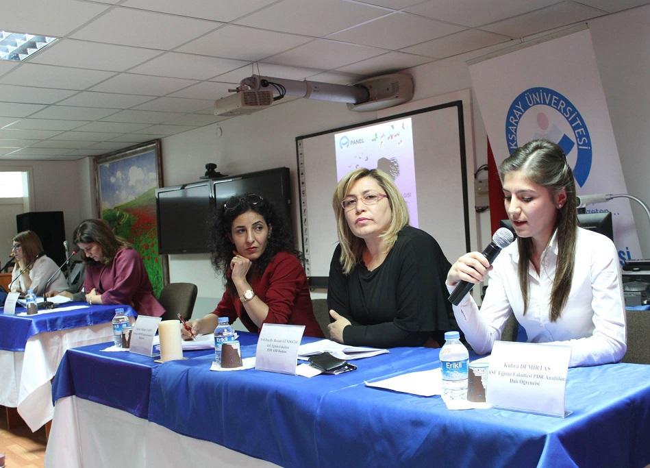 ASÜ'de Kültürel Dokumuzda Kadın Algısı paneli
