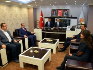 Bakan Kılıç'tan Konya  AK Parti İl Teşkilatı'na Ziyaret