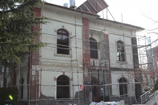 Beyşehir Belediyesi Tarihi Binayı Restore Ediliyor