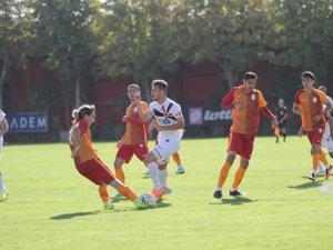 Eskilli futbolcudan Galatasaray'a 2 gol