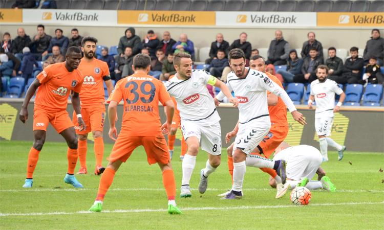 Lider Başakşehir Konyaspor'a Diş geçiremedi!