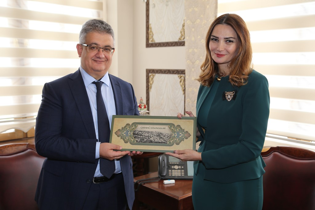 Azerbaycan Milletvekili Ganira Paşayeva Vali Aykut Pekmez'i Ziyaret Etti