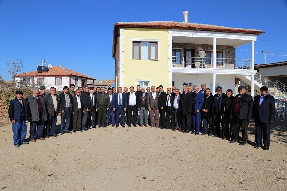 """Vali Aykut Pekmez : """"Bizim kapımız sizler için sonuna kadar açık"""""""