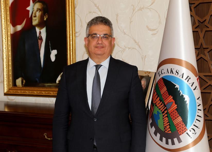 """Vali Aykut Pekmez'in """" 10 Ocak Çalışan Gazeteciler Günü """" Mesajı"""
