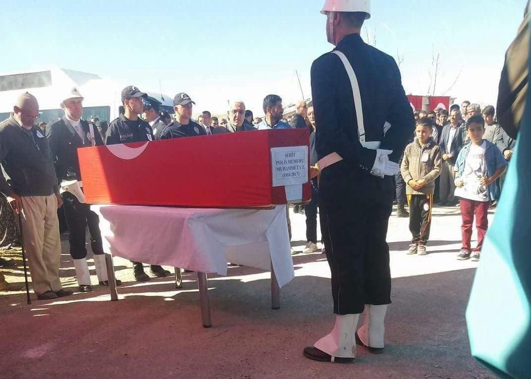 Şehit Polis Muhammet Uz son yolculuğuna uğurlandı