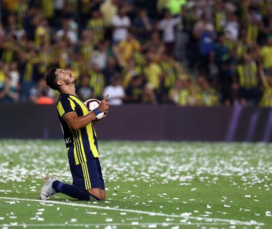 Fenerbahçe 3 Yıl Aradan Sonra Lige Galibiyet ile başladı