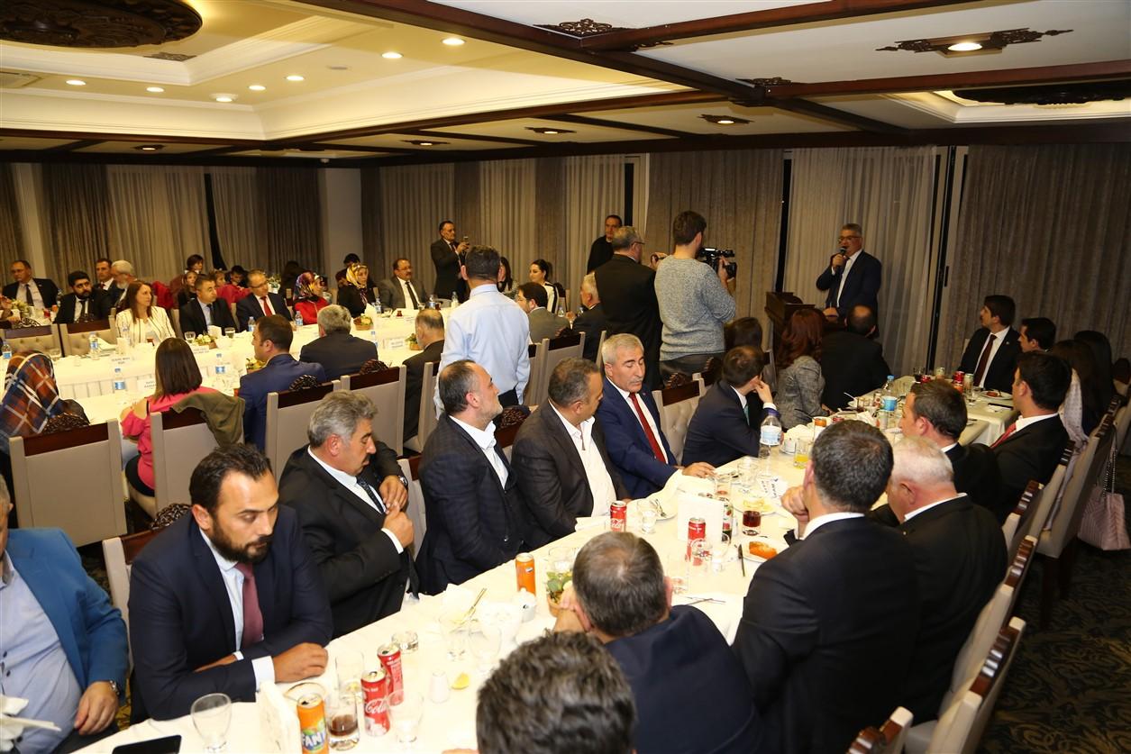 Vali Aykut Pekmez'e veda programı düzenlendi
