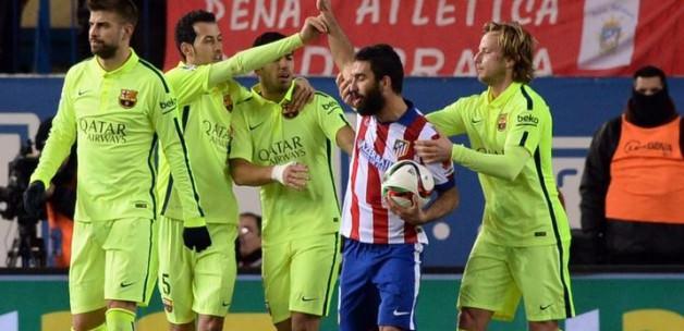 Casillas ve Xavi, Arda'yı hedef aldı!