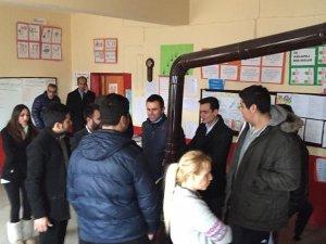 CHPli gençlerden köy okullarına anlamlı yardım