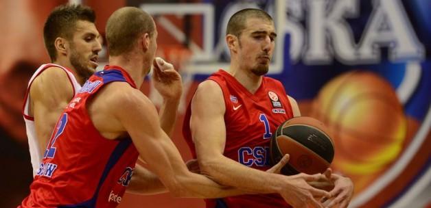 CSKA Moskova evinde farka koştu!
