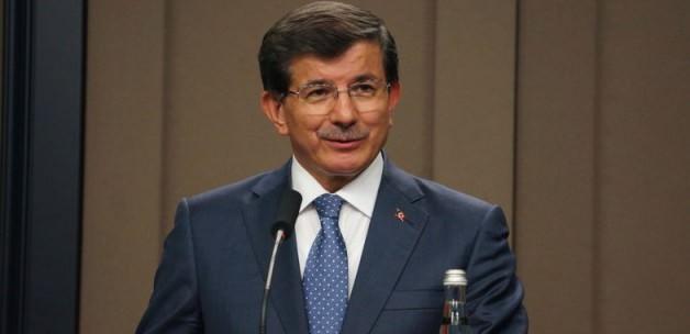 Davutoğlu azınlık temsilcilerine konuşuyor