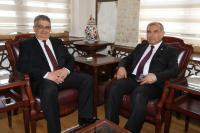 Enerji ve Tabii Kaynaklar Bakan Yardımcısı Ali Rıza Alaboyun Vali Aykut Pekmez'i ziyaret etti
