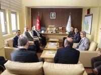 Vali Aykut Pekmez Gıda Tarım ve Hayvancılık İl Müdürlüğünü ziyaret etti